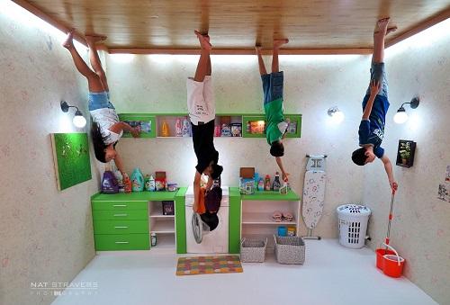 ruang mencuci upside down world Yogyakarta